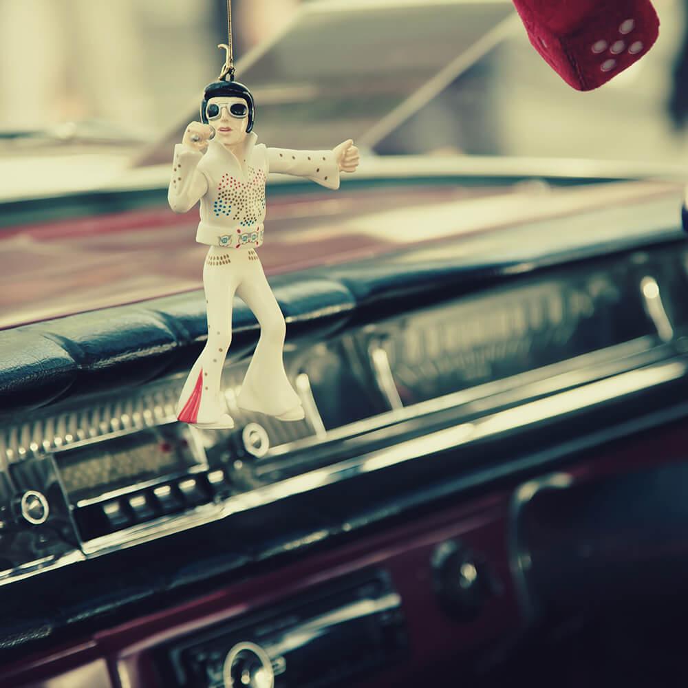 Elvis is not dead